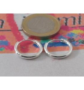 orecchino singolo cerchietto del diametro di 16 mm in argento 925  unisex
