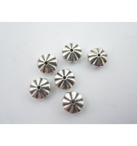 LOTTO DI 100 COMPONENTI FIORE COLOR ARGENTO DIAMETRO 9 MM FORO CENTRALE