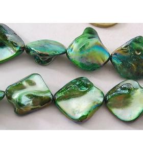 20 madreperla naturali con perle in formazione verde chiaro