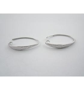1 paio monachelle per orecchini in argento 925 rodiato con piattina martellata