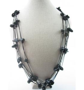particolare collana multifilo pietre burattate onice nera 69 cm 6 fili