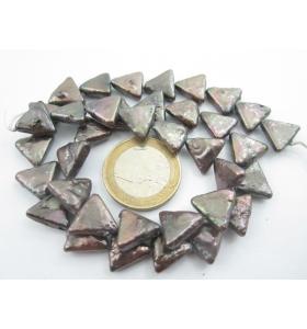 1 filo di perle grigie...