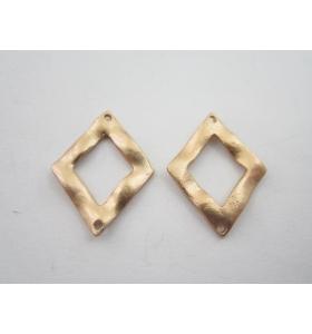 2 componenti in zama placcato oro giallo satinato rombo 2 fori misure 23x21 mm
