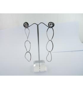 1 paio di orecchini pendenti in argento 925 rodiato ovali concatenati