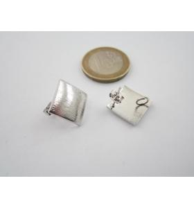 2 basi x orecchini zama lucido rodiato graffiato rombo 18 x 18 mm