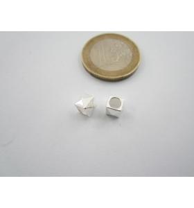 2 componenti in argento 925 cubo 4 piramidi foro di 3,60 mm misure 5 x 6 mm