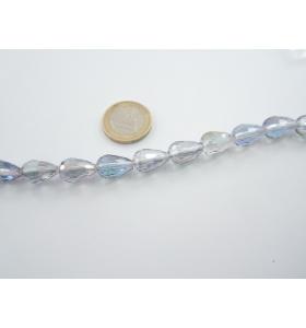 1 filo di cristallo sfaccettato color grigio/blu cangiante a goccia 14x10 mm.
