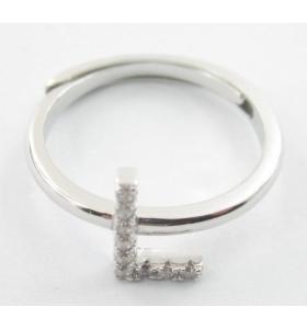 Anello iniziale lettera I in argento 925 rodiato e zirconi bianchi misura regolabile