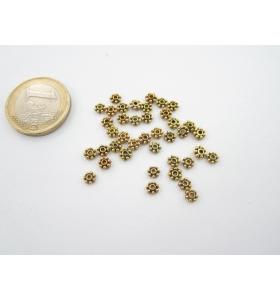 25 rosette in argentone tibetano dorato effetto anticato da 4x1,4 mm