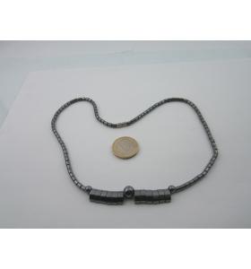 1 collana in ematite lunga 45 cm  con dischi,ovali e piccoli cristalli viola chiusura a vite