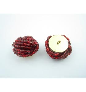 2 bottoni con perline rosse