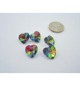 5 cuori  in cristallo verde iridescente con foro