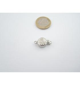 1 chiusura tonda  sbalzata in argento 925 per un filo