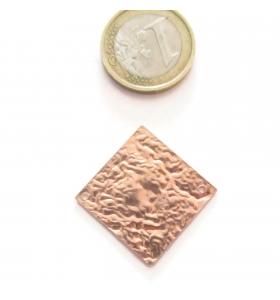 Base orecchino connettore  rombo due fori argento 925 rosè martellato 24x24 mm.