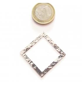 Base orecchino connettore  rombo due fori argento 925 rodiato martellato 30x30 mm.
