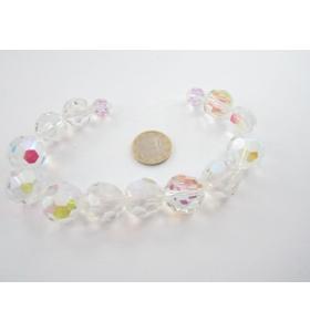 filo di 25 cm di cristalli bianchi sfaccettati leggermente cangianti  in tre misure
