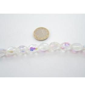 filo  di cristalli ovali bianchi sfaccettati leggermente cangianti 13x10 mm.