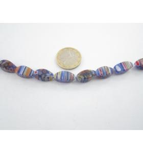 1 filo di murrine colorate nei toni del blu ovali sfaccettati  16x8 mm.