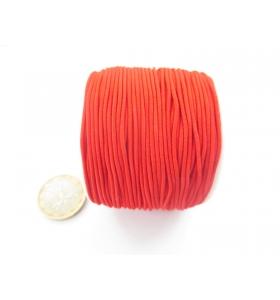 un rotolo di filo elastico rosso composto da 4 fili da 9 metri ciascuno