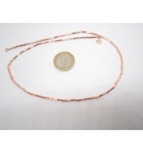 una collana di tubini 4x2 mm. in ematite  rosè lunga 43 cm.