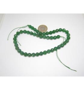 un filo di giada verde...