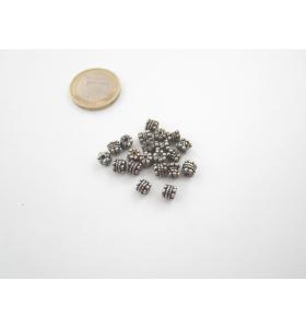 8 componenti in argentone ( argento tibetano ) tubini 5x5mm.