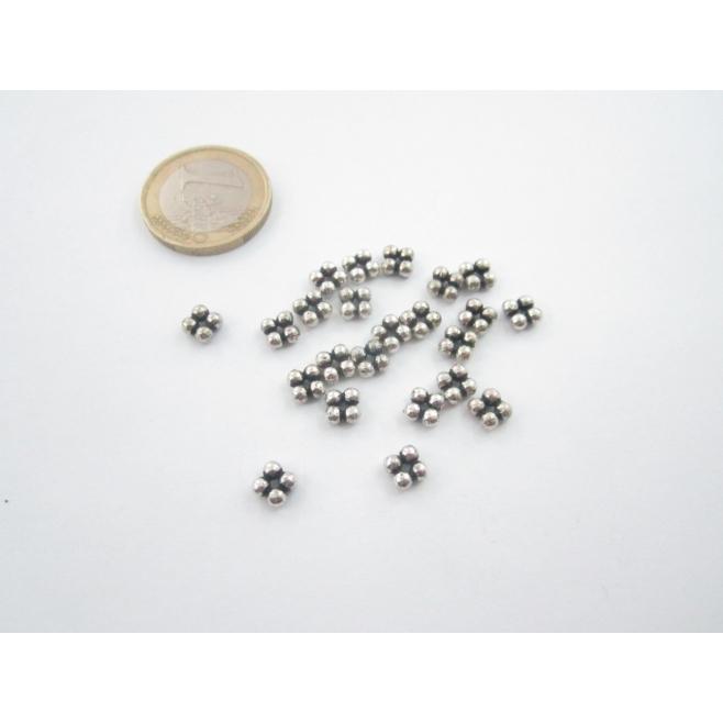 10 componenti in argentone ( argento tibetano ) rosetta quadrata 5x5mm.