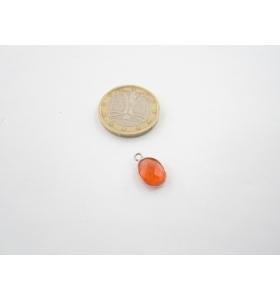 un piccolo ciondolo giada orange ovale castone in argento 925 mm. 13x9