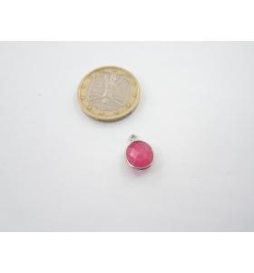 un piccolo ciondolo radice di rubino ovale castone in argento 925 mm. 13x9
