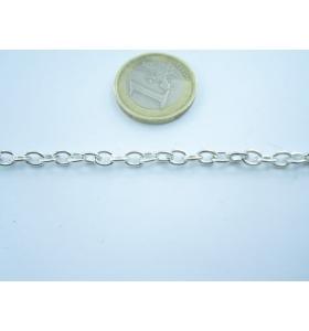 70 cm.  di catena  ovali...