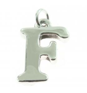 iniziale lettera F grande...
