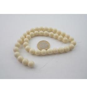 1 filo di resina color bianco/avorio tonda cabochon mm.10