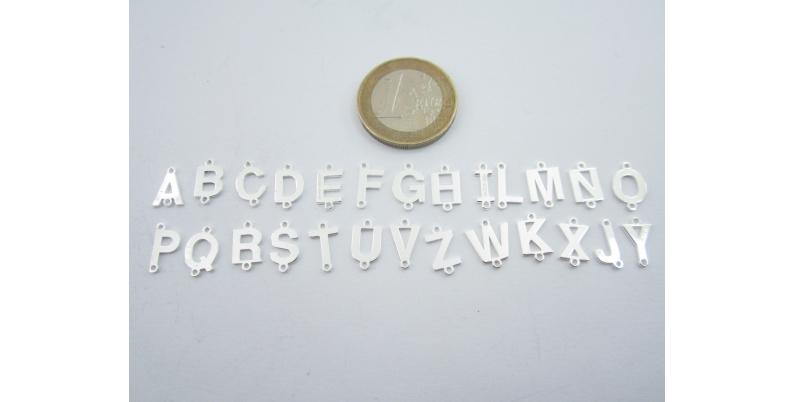 connettori argento lettere alfabeto